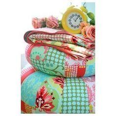 Amy Butler Patterns-Honey Bun Poufs Amy Butler, http://www.amazon.com/dp/B003ZW0J10/ref=cm_sw_r_pi_dp_IeTMpb1NHSD2R