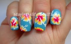 cutest flowers on the nail. floral nails. flower nails