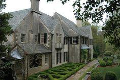 Parterre at Boxwood House in Atlanta by Howard Design Studio