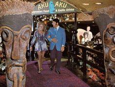 All things Tiki and Poly-Pop Tiki Hawaii, Hawaiian Tiki, Tiki Lights, Vintage Tiki, Vintage Party, Disney Enchanted, Tiki Bar Decor, Tiki Lounge, Tiki Party