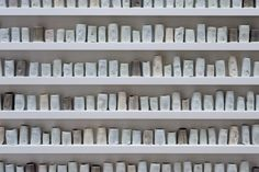 Edmund de Waal — a change in weather artist made a pot for every day of the year - a good day = blue a bad day = grey