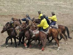 One of the most appreciated Uzbek National games- Kopkari.
