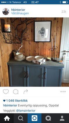 Eventyrlig oppussing Mountain Cottage, Log Cabin Homes, Pine, Storage, House, Furniture, Home Decor, Style, Dresser