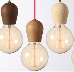 Lampe+Ledning+ Lyspære Eik