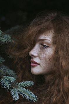 Sublimées par la nature, ces femmes rousses vous dévoilent leur mystérieuse  beauté f7eb9b032ab