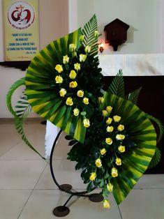 The Best Wedding Flower Arrangement Ideas Funeral Floral Arrangements, Tropical Flower Arrangements, Creative Flower Arrangements, Church Flower Arrangements, Rose Arrangements, Beautiful Flower Arrangements, Beautiful Flowers, Exotic Flowers, Small Flowers