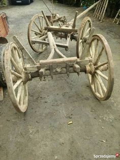 Wooden Cart, Wooden Wagon, Wooden Wheel, Wooden Diy, Old West Town, Horse Drawn Wagon, Wood Toys Plans, Old Wagons, Horse And Buggy