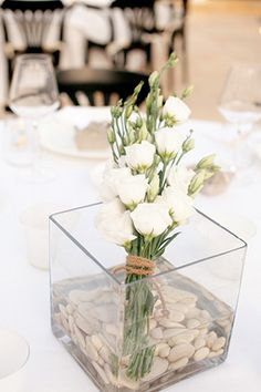 Table decor in Apulia, Italy. Photo by: lesamisphoto.com