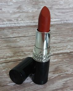 Hey, I found this really awesome Etsy listing at https://www.etsy.com/listing/194814920/all-natural-lipstick-indian-spice