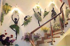 Креативный директор цветочного магазина.