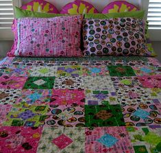 Girl Scout Quilt - I love this. So cute!
