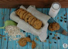 Pumpkin Oatmeal Cookies-pumpkin,oatmeal,raisins and walnuts! All your favorite flavors of fall wrapped up in one soft cookie!