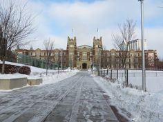 » Calgary then and now – Normal School – Institute of Technology and Arts – Heritage Hall SAIT