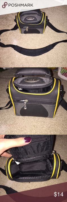 Kodak Camera Bag It's a small camera bag, great for traveling. In almost new condition. Barely been used. Ask any questions. kodak Bags Travel Bags