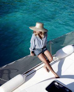 """Mi piace"": 4,130, commenti: 71 - Jessie Bush (@wethepeoplestyle) su Instagram: ""I'm on a boat."""