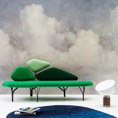 Un papier peint nuage, avec un nuage dessiné au pixel par Benjamin Graindorge, fils posé imprimé sur un support intissé, Pierre Frey