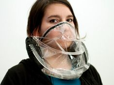 W/Air Breathing Necklace, Pedro Andrade, wearable technology, carbon dioxide, human-powered clothing, human-powered fashion, eco-fashion, su...