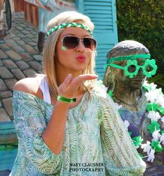 All the girls green with envy will wish they had this fun and festive green, glitter, and white elastic braided Haylo! Haybands has created the perfect hair wear for celebrating the traditional Irish holiday Saint Patrick's Day