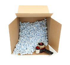 Protecting Fragile Items When Packing | More tips at http://topnationwidemovingcompanies.blogspot.com