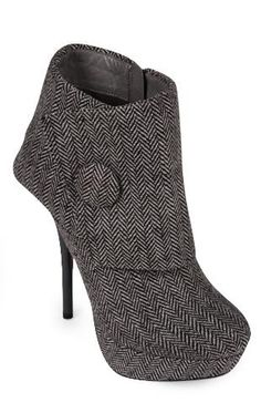I <3 DEB booties!! plus the fold over cuff is super cute!