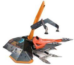 Complete Control - Battlebots Wiki - Wikia Combat Robot, Battle Bots, Robotics Engineering, Monster Trucks, Robots, Real Big, Season 4, Clamp, Weapon