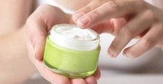Antirughe fai-da-te: 10 creme e rimedi autoprodotti - greenMe