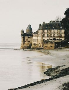 Mont Saint-Michel, Normandy, France - wanderlust wish list Oh The Places You'll Go, Places To Travel, Travel Destinations, Places To Visit, Beautiful World, Beautiful Places, Magic Places, Belle France, Mont Saint Michel