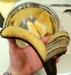 Need baking ready bananas right now? Check out this handy tip to ripen unripe bananas at http://thetaranakigirl.blogspot.co.nz/2013/11/lifehack-ripening-unripe-bananas.html