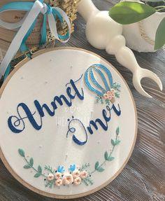 Ahmet Ömer 🌿💙 . . . Bilgi için DM/ for Information . . . #kasnak #embroidery #nakış #embroideryart #embroidered #kanaviçe #diy #handmade…