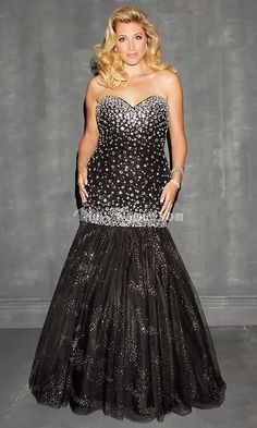 18 Best Plus Size Prom Dresses images | Plus size prom dresses ...