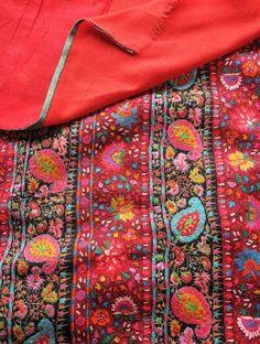 Beautiful Hand Embroidered Borders Shawl In Kashmir Wool