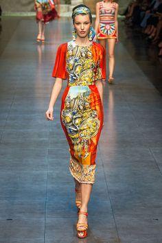 Dolce Gabbana - Milan #FashionWeek #KOONNFASHION#KOONN CANDLE HOLDERS XXL #WWW.KOONNSHOP.COM#KOONNFASHION#LOVE#LIKEPrimavera/Verano 2013 #D