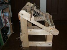 Home made loom Loom 2 Tablet Weaving Patterns, Weaving Loom Diy, Inkle Loom, Weaving Tools, Card Weaving, Weaving Projects, Basket Weaving, Diy Spinning Wheel, Peg Loom