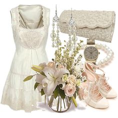 Victorian inspired outfit. Lovely.