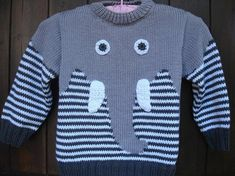 pull enfant motif éléphant en coton tricoté main See other ideas and pictures from the category menu…. Baby Boy Knitting Patterns, Knitting For Kids, Hand Knitting, Knitting Stitches, Baby Cardigan, Baby Boy Sweater, Elephant Sweater, Pull Jacquard, Handgestrickte Pullover