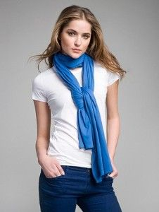 How to wear a scarf...this is probably common knowledge for most, but not me =)