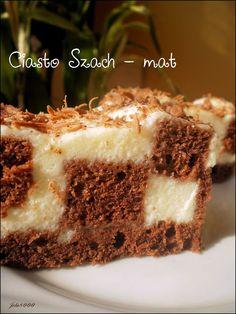 """Ciasto szachownica """"szach- mat"""" Biszkoptowe ciasto czekoladowe połączone z delikatnym ptasim mleczkiem   Read more: http://ciastko-joli.blogspot.com/2013/08/ciasto-szachownica-szach-mat.html#ixzz3Sf9IayBt"""
