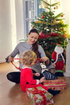 #christmasphotoshoot #studiophotography #kids