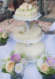 Een klassieke bruidstaart. #bruidstaart #weddingcake Cake, Kuchen, Torte, Cookies, Cheeseburger Paradise Pie, Tart, Pastries