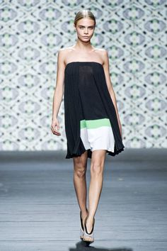 Iceberg Spring 2013 Ready-to-Wear Runway - Iceberg Ready-to-Wear Collection - ELLE