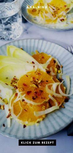 Du bist auf der Suche nach einem Rezept für gesunde Snacks oder leichte Beilagen? Dann wird Dir dieser Chicoree Salat mit Orangen bestimm gefallen! Probiere das Salat Rezept gleich aus oder pinne es für später. Chicoree Salat Rezept | Chicoree Salat mit Orangen | Gesunde Snacks