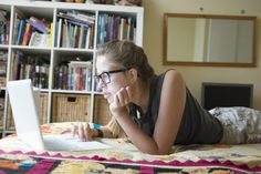 Things to know before taking an online AP or IB course.
