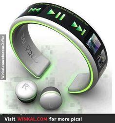Bracelet music player