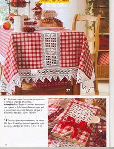Crochet Inspirations avec Any Lucy: Serviette – oidis Crochet Fabric, Crochet Quilt, Filet Crochet, Crochet Doilies, Crochet Lace, Dinning Chair Covers, Dinning Chairs, Quilt Block Patterns, Pattern Blocks