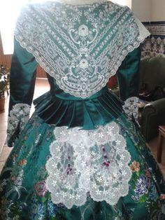 parte trasera-traje de valenciana