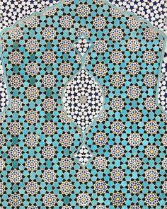#waleedelsharqawy #design #ceramic #ceramics #art #wallart #interiors #home #interiordesign #modern #contemporaryart #style #modernart #restaurantdesign #floor #tile #designer #designers #architectureporn #architecturelovers #architecture #colors #colorful #kitchen #kitchendesign #cementtile #bathroom #luxury #instagood by waleed.elsharqawy