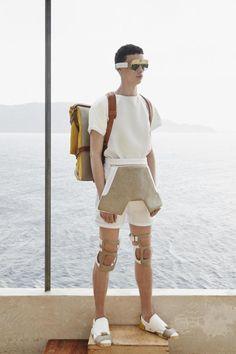 Futuristische Männermode entwirft hingegen Sophie Harand aus Frankreich.