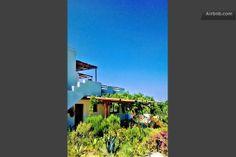 living in the sunshine of crete in Gazi