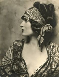 Evelyn Brent (Silent Film Star), 1924