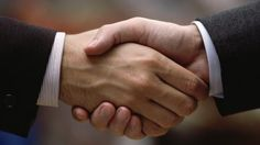 Your handshake around the world // Important Cultural Traditions for International Business/Travel Associations